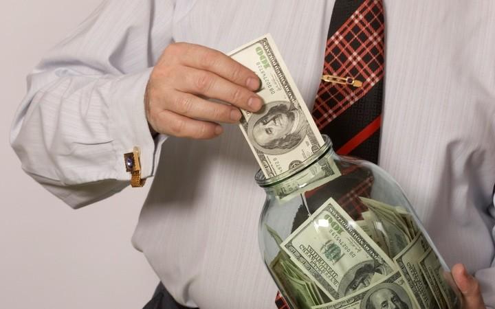 Доллары в банке