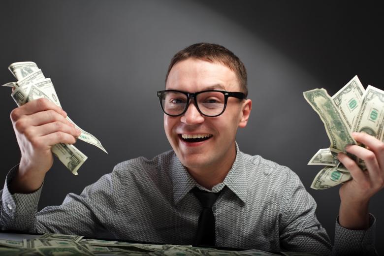 Молодой человек с деньгами