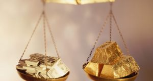 Весы с золотом