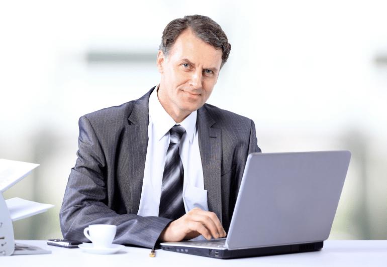 Мужчина в онлайне
