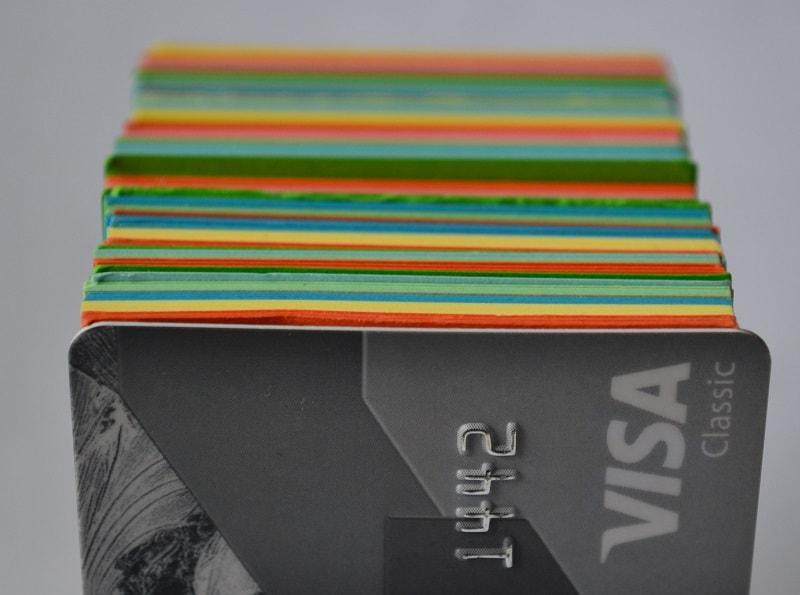Тарифы на обслуживание дебетовых карт