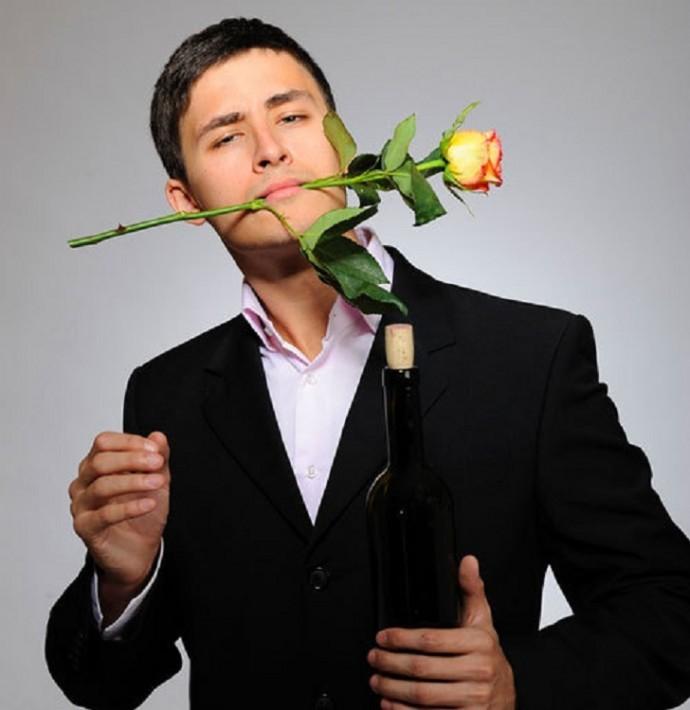 Парень с розой