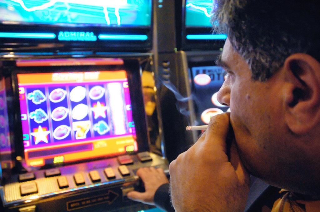 игровые на деньги реальные автоматы виртуальные